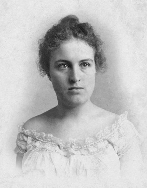 Nina Hoster