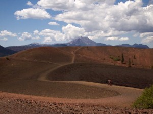 Click for a gallery of Lassen Pix.